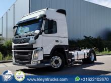 Nyergesvontató Volvo FM 460 használt veszélyes termékek/a Veszélyes Áruk Nemzetközi Közúti Szállításáról szóló Európai Megállapodás