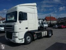 Used tractor unit DAF XF95 430