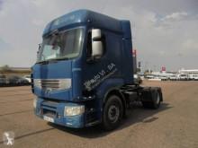 Traktor Renault Premium 460