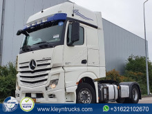 Used tractor unit Mercedes Actros