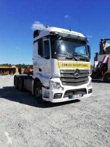 Cabeza tractora Mercedes Actros 2660 convoy excepcional usada