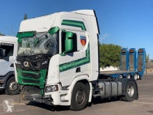 Cabeza tractora Scania R 450 accidentada