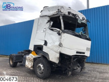 Trekker Renault Gamme T 460 Damage truck, EURO 6, Retarder, Standairco, Airco, Lane Departure Warning geaccidenteerde