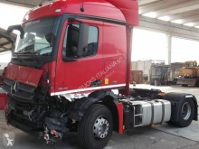 Trattore Mercedes Actros 1842 incidentato