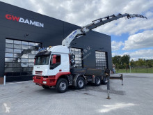 Trattore Iveco 410T50 92 t/m kraan