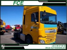 Cabeza tractora DAF XF460 accidentada