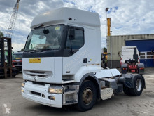 Renault tractor unit Premium