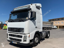 Volvo FH12 460 tractor unit used