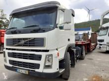 Tractor Volvo /FM12 460 Hub reductie / Hydraulic/