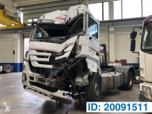 Mercedes Actros tractor unit damaged