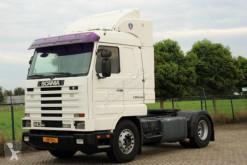 Scania nyergesvontató 143