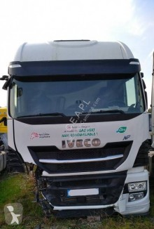 Iveco Stralis 400 tractor unit damaged