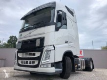 Volvo FH 460 Globetrotter tractor unit used hazardous materials / ADR