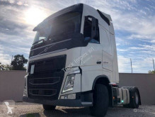 Volvo FH 500 Globetrotter tractor unit used