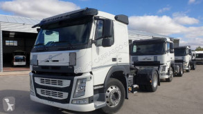 Cabeza tractora productos peligrosos / ADR Volvo FM 450