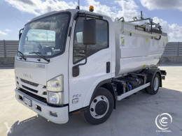 Isuzu tractor unit used