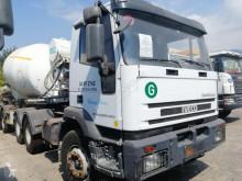 Tracteur Iveco Trakker 420