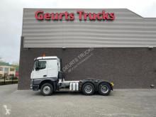 Cabeza tractora Mercedes Arocs 3348