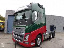 Volvo tractor unit FH16