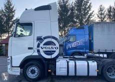 Tratores Volvo FH usado