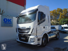 Trattore Iveco Stralis AS440S46T/PLNG Intarder Klima Luftfeder usato