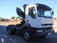 Renault Kerax 370.18 tractor unit used