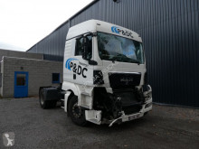 Tracteur MAN TGX accidenté