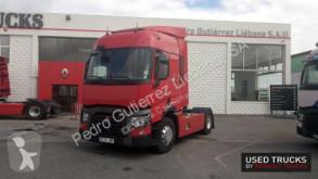 Nyergesvontató Renault Trucks T használt
