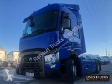 Renault nyergesvontató Trucks T