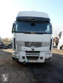 Tracteur Renault Premium 460 DXI accidenté