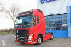 Volvo nyergesvontató FH500 Globetrotter XL/I-ParkCool/Laneass/VEB+/Eu