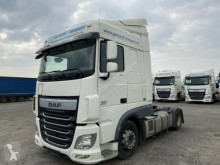 DAF low bed tractor unit XF460 460 XF Lowliner Mega Low Deck