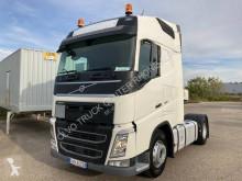 Volvo hazardous materials / ADR tractor unit FH 460 Globetrotter