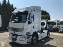 Тягач Renault Premium 460