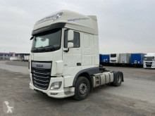 Tracteur DAF 460 XF Sattelzugmaschine Skylights occasion