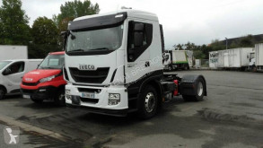 Cabeza tractora Iveco Stralis 440 S 46 productos peligrosos / ADR usada