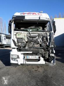 Trattore Iveco Stralis 440 S 46 incidentato