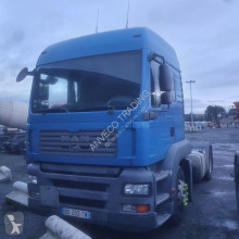 MAN 18 440 tractor unit used