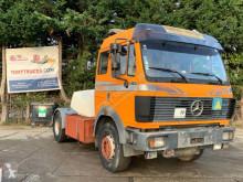Tracteur Mercedes 1748
