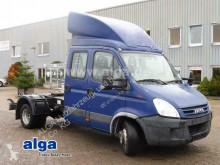 Furgoneta Utilitaire Iveco 65C18D/4x2/Doppelkabine/Klima/ Sitze/Blatt