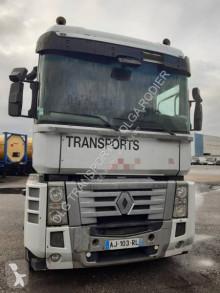 Renault veszélyes termékek/a Veszélyes Áruk Nemzetközi Közúti Szállításáról szóló Európai Megállapodás nyergesvontató Magnum 460