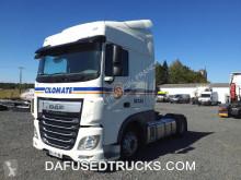 Cabeza tractora DAF XF 510 productos peligrosos / ADR usada