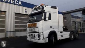 Cabeza tractora convoy excepcional Volvo FH16 700