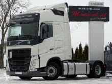 Ciągnik siodłowy Volvo FH 500 / ACC / 2018 YEAR / PCC / FTANKS 1350 L /