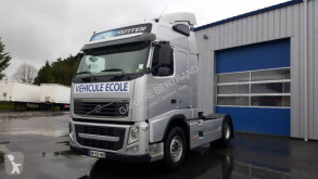 Volvo driving school tractor unit FH13 460