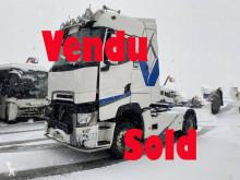 Tracteur Renault T520 HIGH COMFORT accidenté