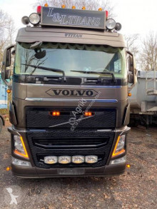 Cap tractor Volvo FH 500 Globetrotter