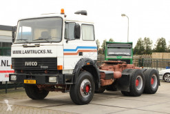 Tracteur Iveco 330.30 occasion