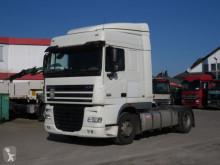 Tracteur XF 105 460 SZM