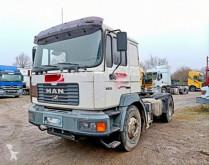 Tracteur MAN F2000 19.364 Hydraulik Euro 2 464 414 occasion